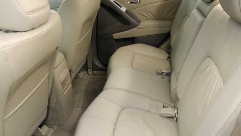 Задний диван Nissan Murano 2