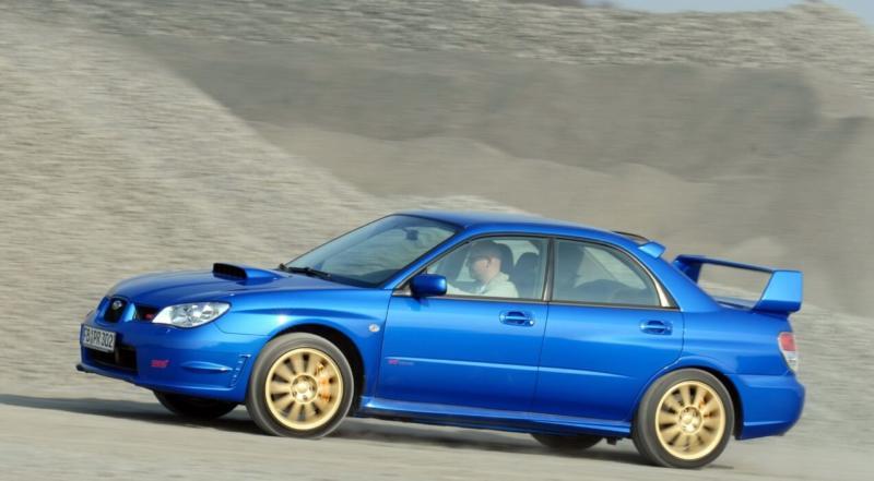 Вид сбоку Subaru Impreza WRX 2