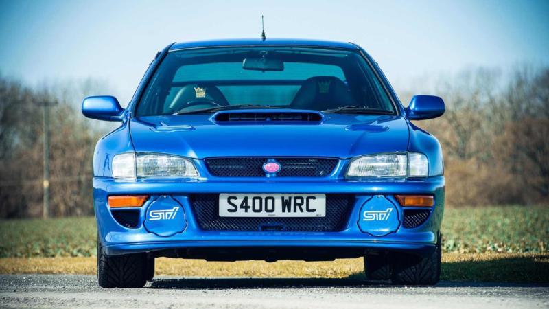 Subaru Impreza WRX вид спереди