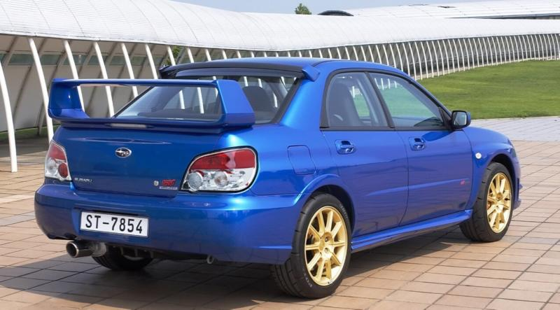 Subaru Impreza WRX 2 вид сзади