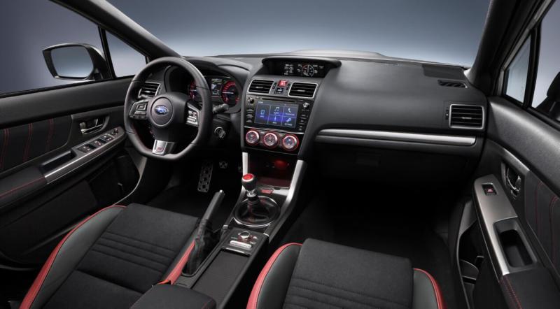 Интерьер Subaru WRX