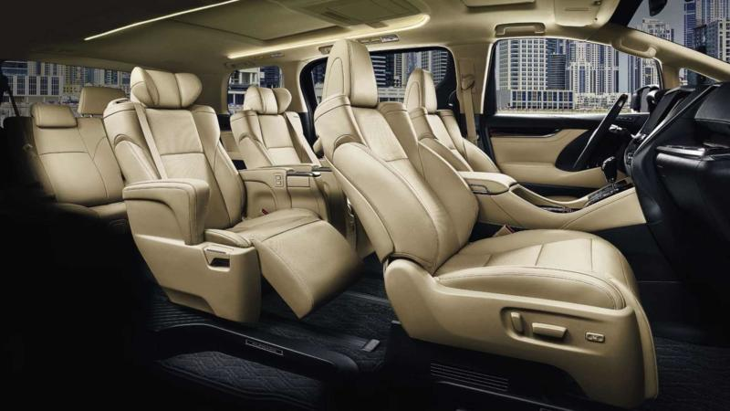 Фото салона Toyota Alphard