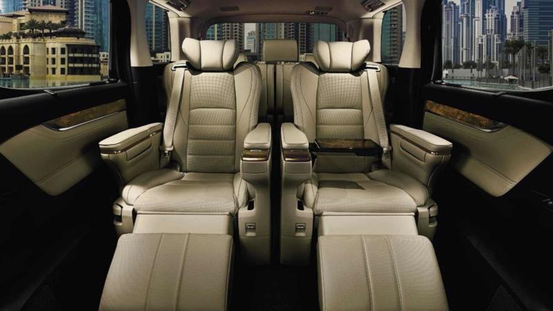 Средний ряд Toyota Alphard