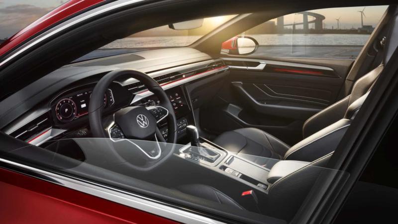 Салон Volkswagen Arteon 2020