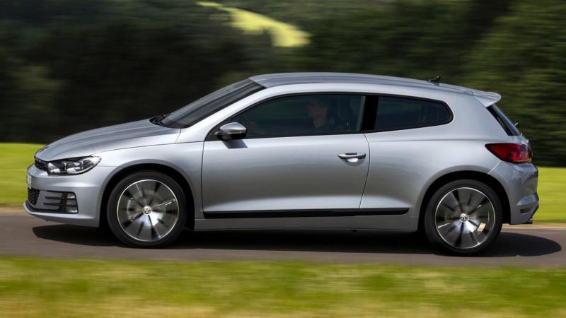 Volkswagen Scirocco вид сбоку