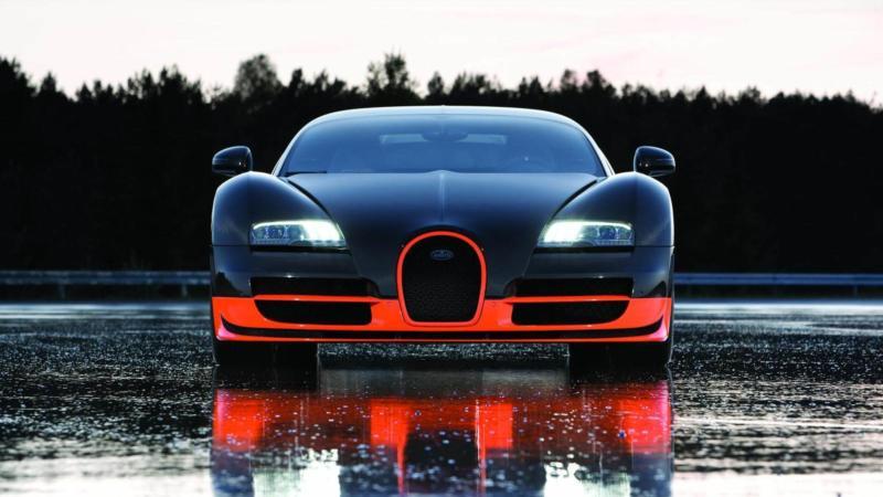 Bugatti Veyron Super Sport вид спереди
