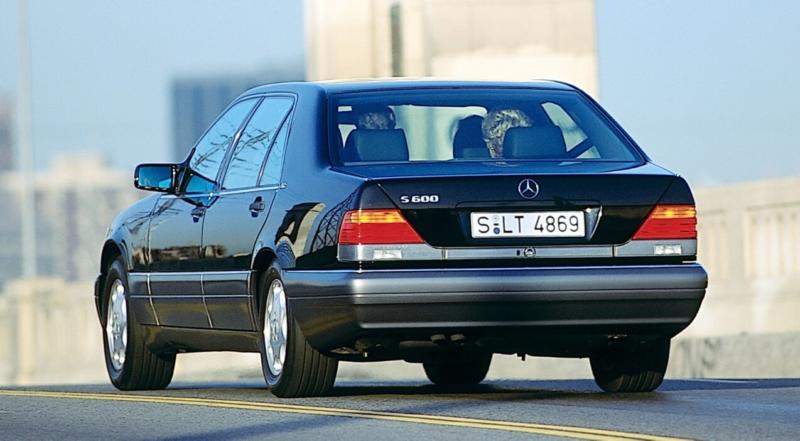 Mercedes-Benz W140 вид сзади