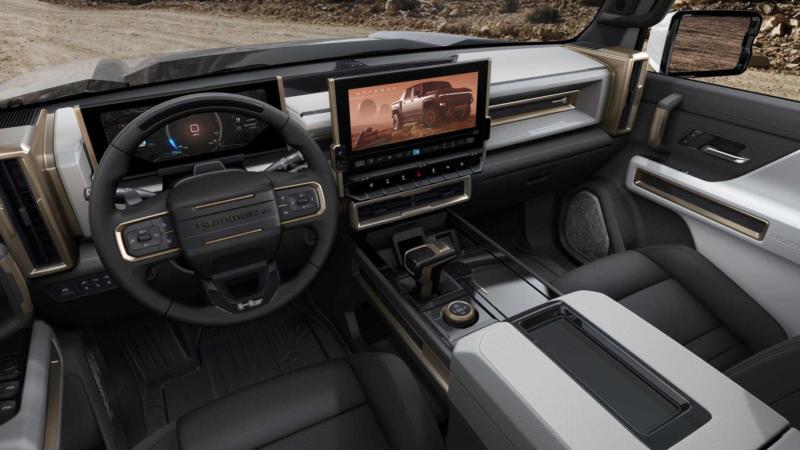 Интерьер GMC Hummer EV