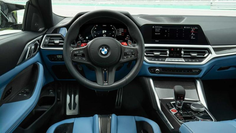 Интерьер BMW M4 Coupe Competition