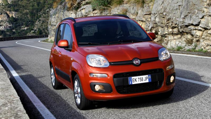 Fiat Panda вид спереди