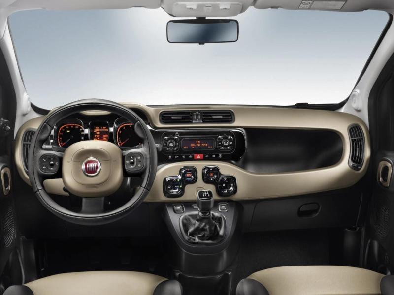 Fiat Panda фото салона