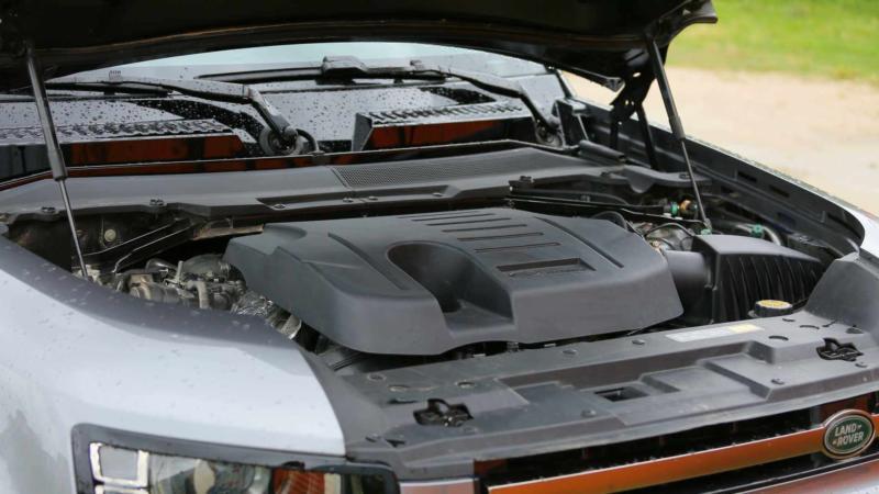 Двигатель Land Rover Defender