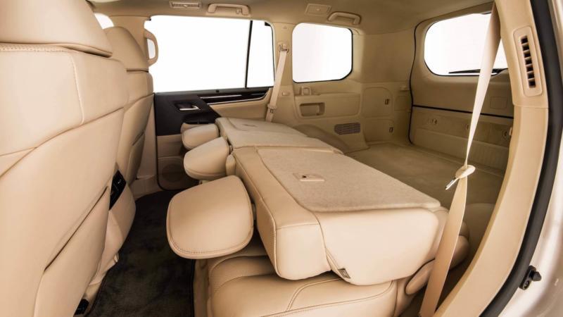 Lexus LX570 салон