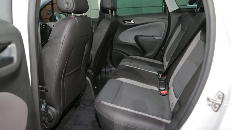 Задний диван Opel Crossland X