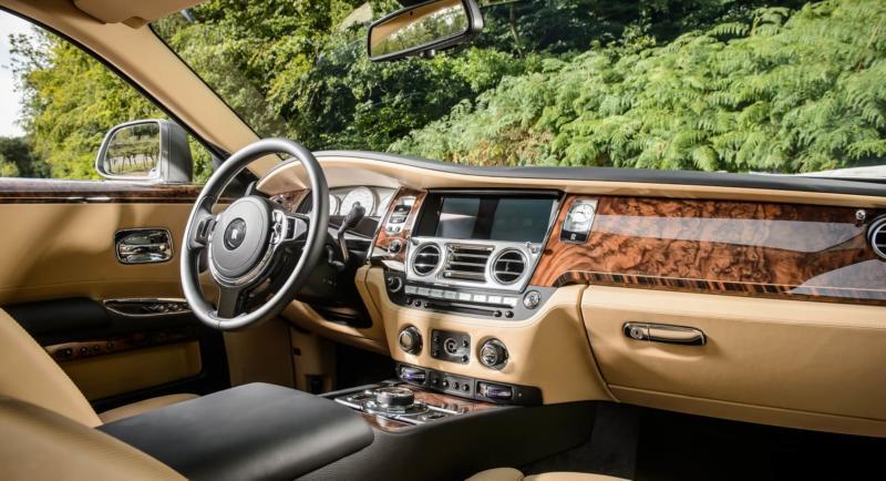 Rolls-Royce Ghost салон