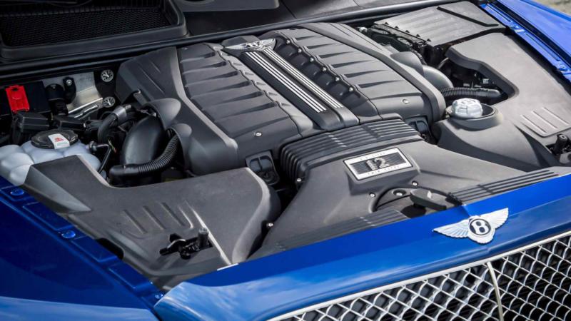 Bentley Bentayga фото двигателя