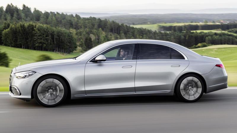 Mercedes-Benz S-Class вид сбоку