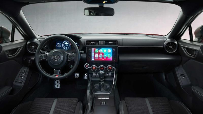 Интерьер Toyota GR 86