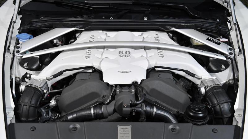 Двигатель Aston Martin V12 Zagato