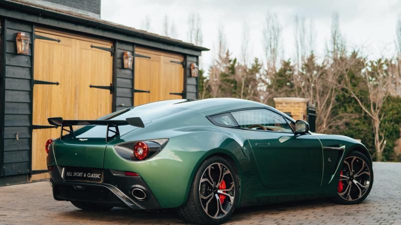 Фотография Aston Martin V12 Zagato