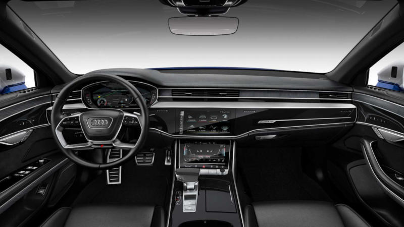 Интерьер Audi S8