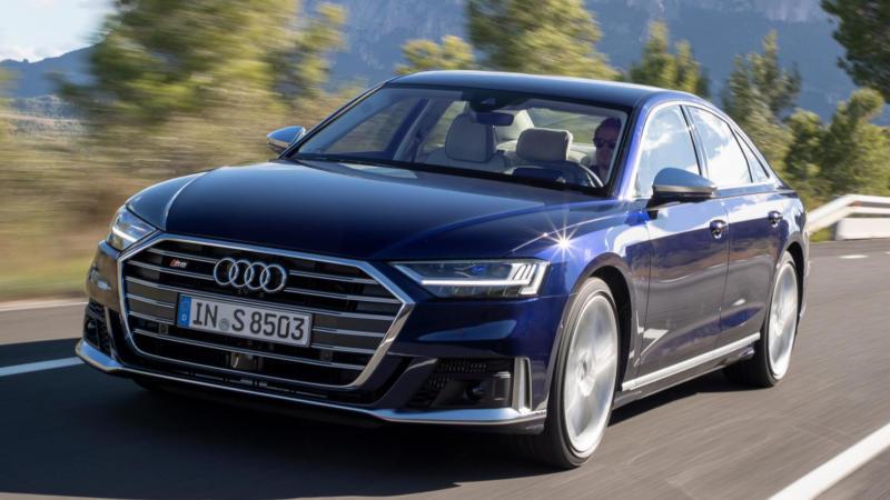 Audi S8 фото авто
