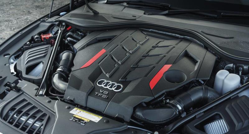 Двигатель Audi S8