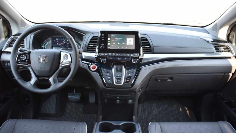 Интерьер Honda Odyssey