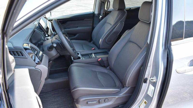 Салон Honda Odyssey