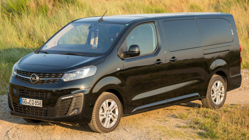 Автомобиль Opel Zafira Life