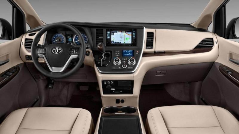 Toyota Sienna салон