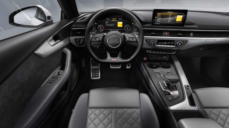 Интерьер Audi S5