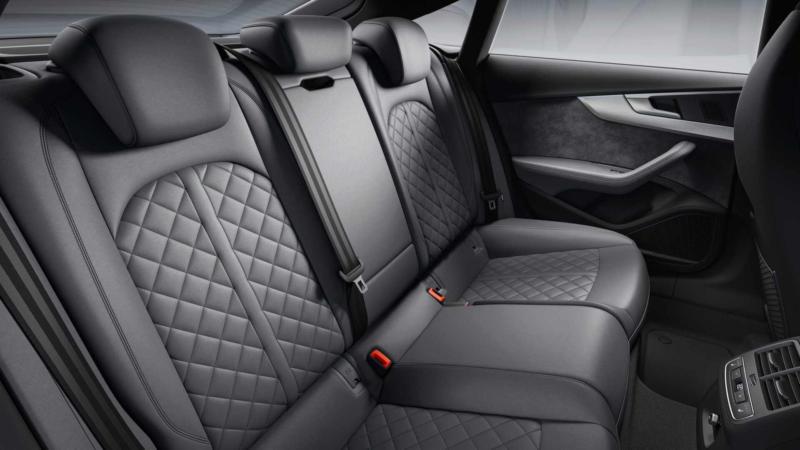 Audi S5 задний диван
