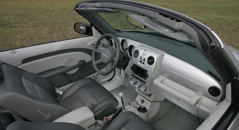 Интерьер Chrysler PT Cruiser