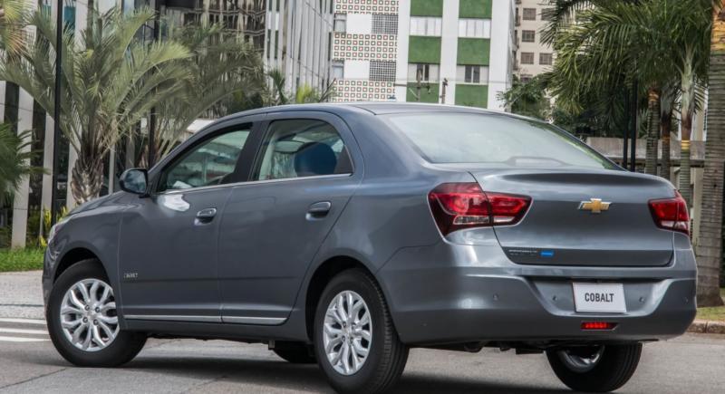 Chevrolet Cobalt фото авто