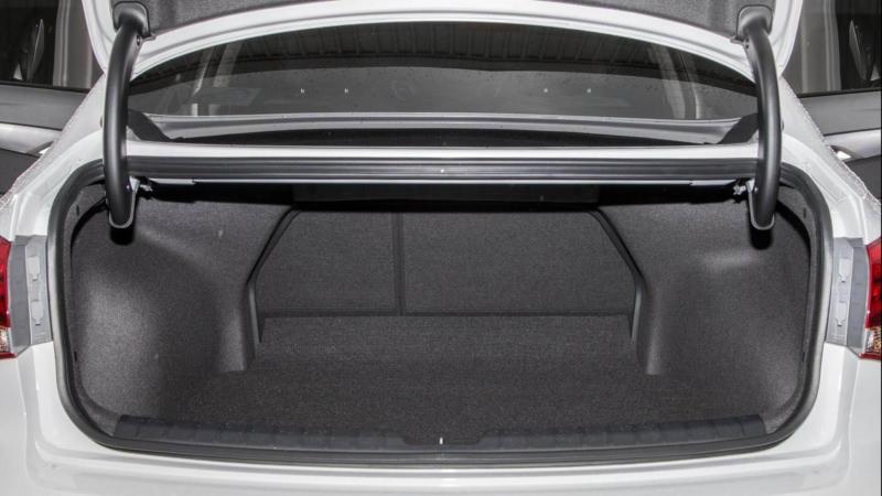 Hyundai i40 багажник