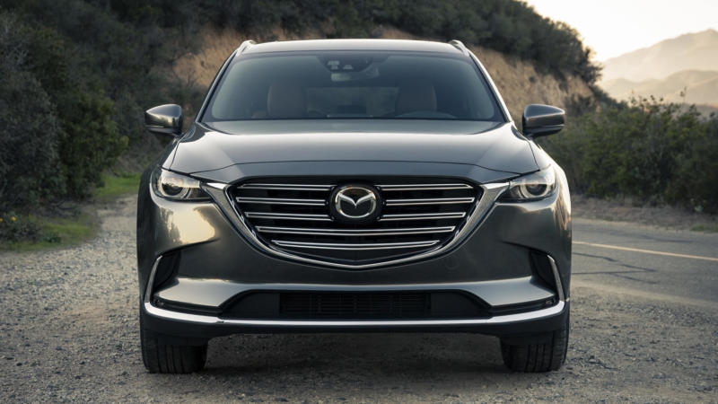 Mazda CX-9 вид спереди
