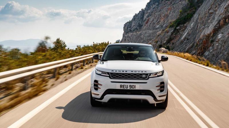 Вид спереди Range Rover Evoque