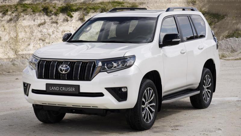 Toyota Land Cruiser Prado вид спереди