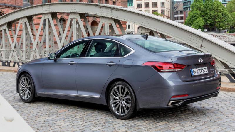 Авто Hyundai Genesis