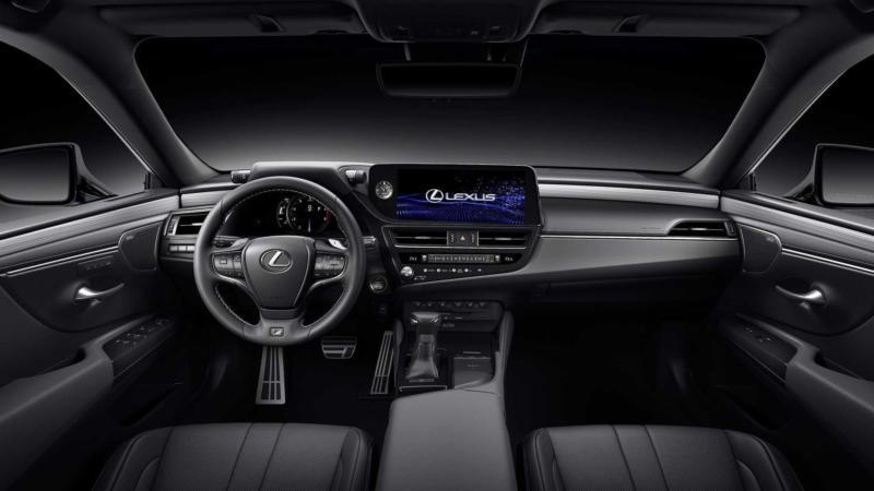 Интерьер Lexus ES