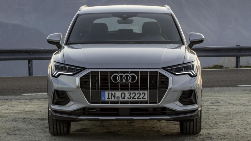 Audi Q3 вид спереди