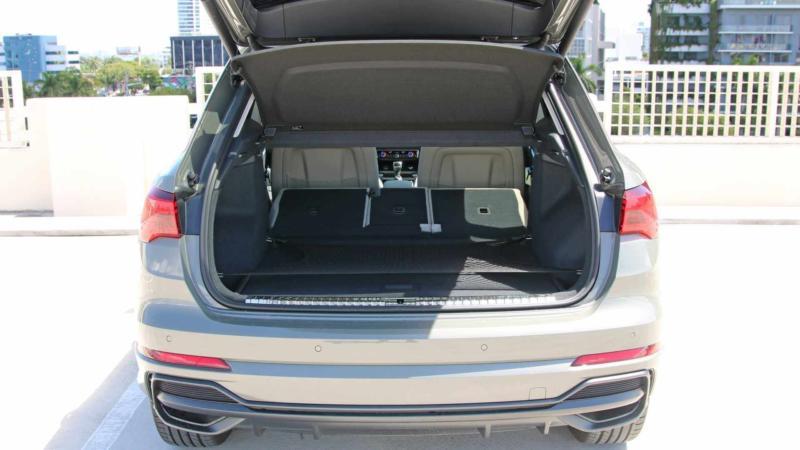 Багажник Audi Q3