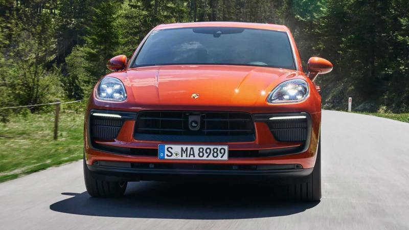 Porsche Macan вид спереди