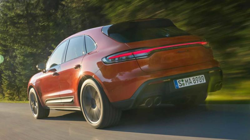 Porsche Macan вид сзади