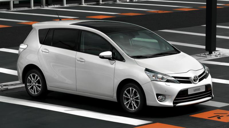 Авто Toyota Verso