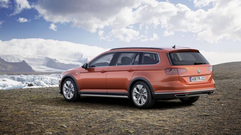 Авто Volkswagen Passat Alltrack
