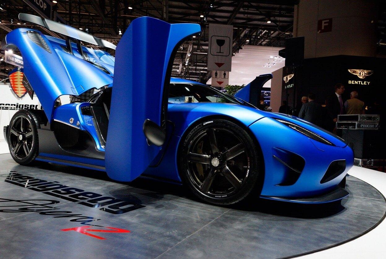 Koenigsegg Agera R синий