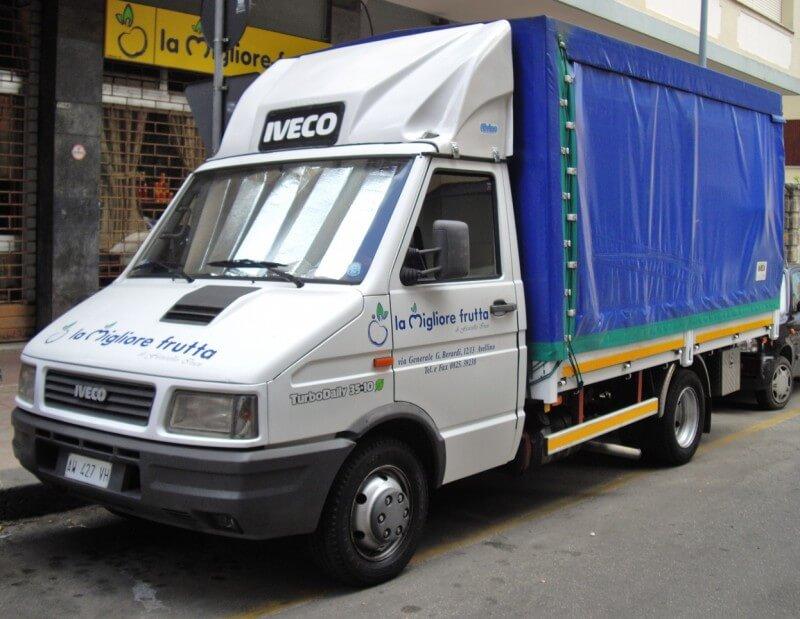 Iveco Daily автомобиль