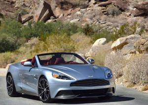 Авто Aston Martin Vanquish